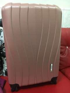 24吋 全新行李箱(售價已包含宅配費用)