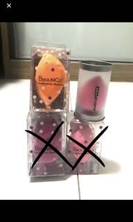 🚚 Beauty sponges/blenders