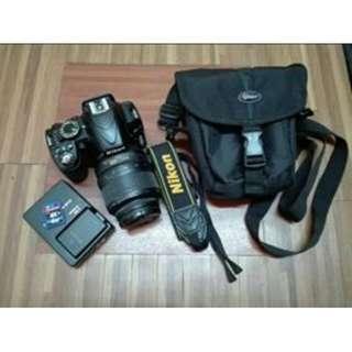 2nd hand Nikon D3100