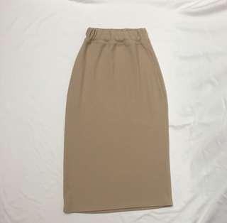 🚚 駝色包臀裙