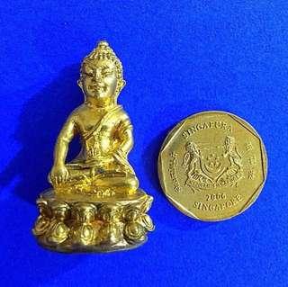🚚 Lp Ler Phra Kring Buddha Amulet 龙婆乐药师佛牌