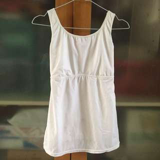 maidenform white tanktop for body shaping
