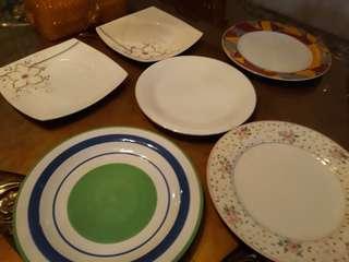 Piring makan keramik 6 buah