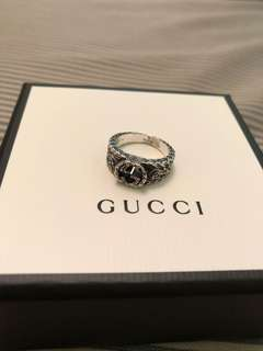 Gucci Small Interlocking G Ring (Size 9, 49mm)