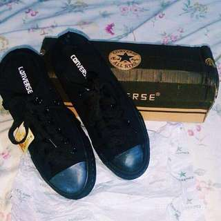 Black Low Cut Converse Shoes