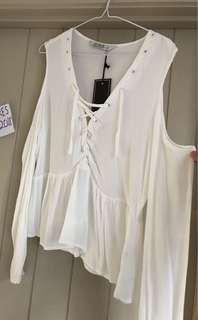 Whit shoulder cut out top
