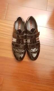 PRADA 漆皮鞋 / PRADA  Patent Leather Shoe