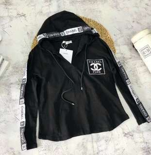 Chanel coat in blk or white