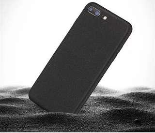 iPhone 7/8plus, X 細岩砂磨砂軟殻(送玻璃貼一張)