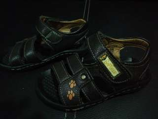 Garfield sandals for boy