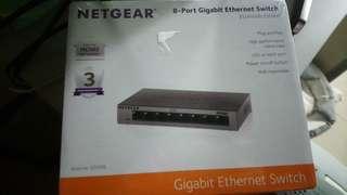 Netgear 8 port 轉換器