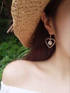 🚚 愛心珍珠耳環(夾式)