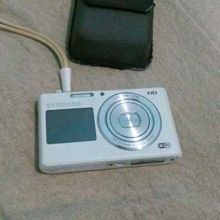 Samsung DV150F (vlogging cam)