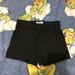 temt striped shorts