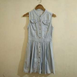CS31 Light Denim Dress