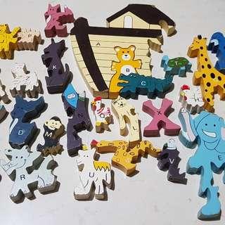 Noah's ark puzzle (colour wood material)