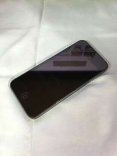 iPhone 5 黑色  日本版 [請勿議價]