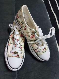 BRAND NEW!! Floral Sneakers