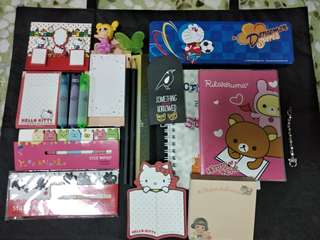 Assorted stationery set