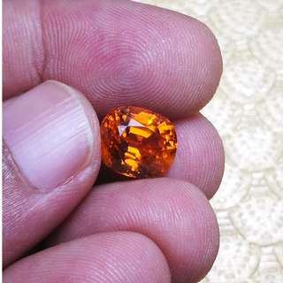 Natural Orange Sapphire.  Sri Lanka. Heated. PM only interested. Can check stone. No Obligation to buy.