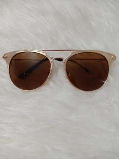 Colorbox gold sunglasses