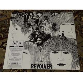 The Beatles - Revolver LP vinyl record (Mono master)
