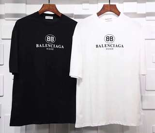 Balenciaga tee in blk or white