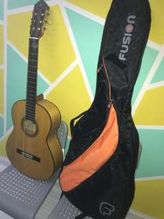 Guitar Yamaha CG182SF
