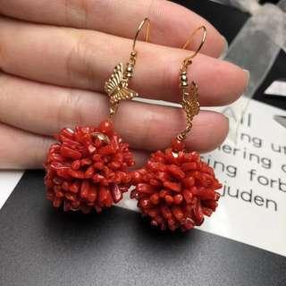 純天然珊瑚球耳環