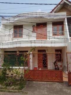 Dikontrakkan Rumah Palem Lestari 8x12.5