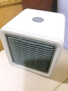 Arctic Air USB 迷你冷風機 Personal Space Cooler