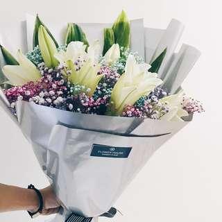 9s Lily bouquet