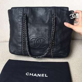 AUTHENTIC CHANEL Caviar Tote Shoulder Bag