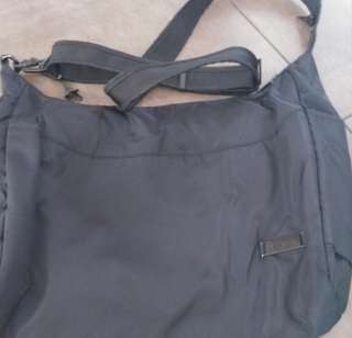 Pac safe sling bag medium size