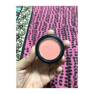 True colors collection powder blush