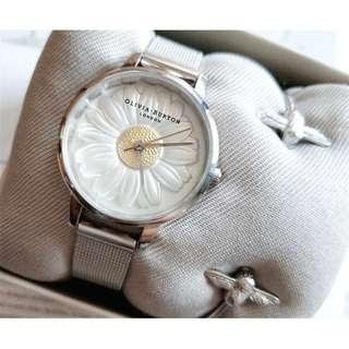 英國品牌 Olivia Burton London Watch 銀色 浮雕小雛菊 氣質百搭 女 手錶 鋼帶腕錶 30mm (OB017)