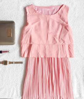 Flowy pink dress⚡