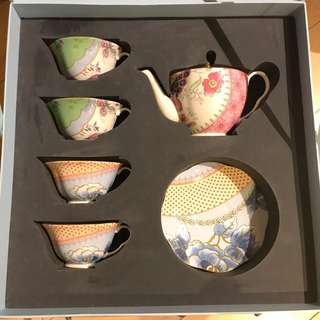 Wedgwood Butterfly Bloom Tea Set