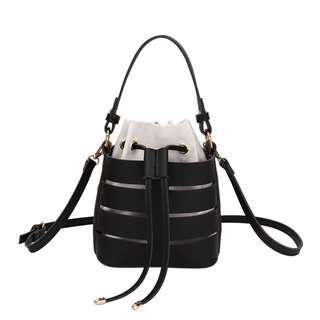 READY STOCK : WOMEN CASUAL SLING BAG