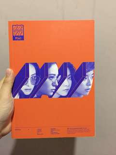 f(x) 4walls 專輯