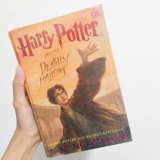 Buku Novel Harry Potter and The Deadly Hallows (Buku 7) Hard Cover Cetakan Indonesia