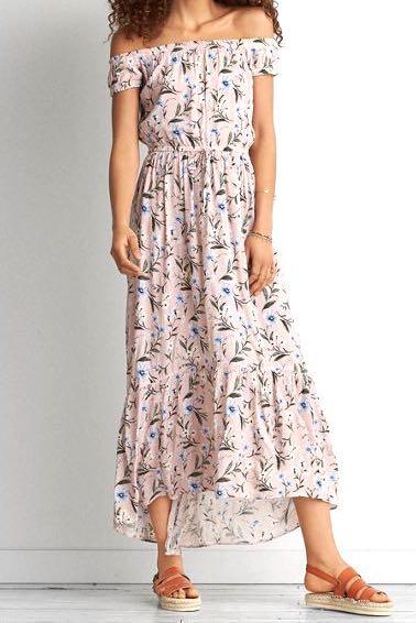 d9d5b15e0363 AEO floral off shoulder maxi dress (pink)