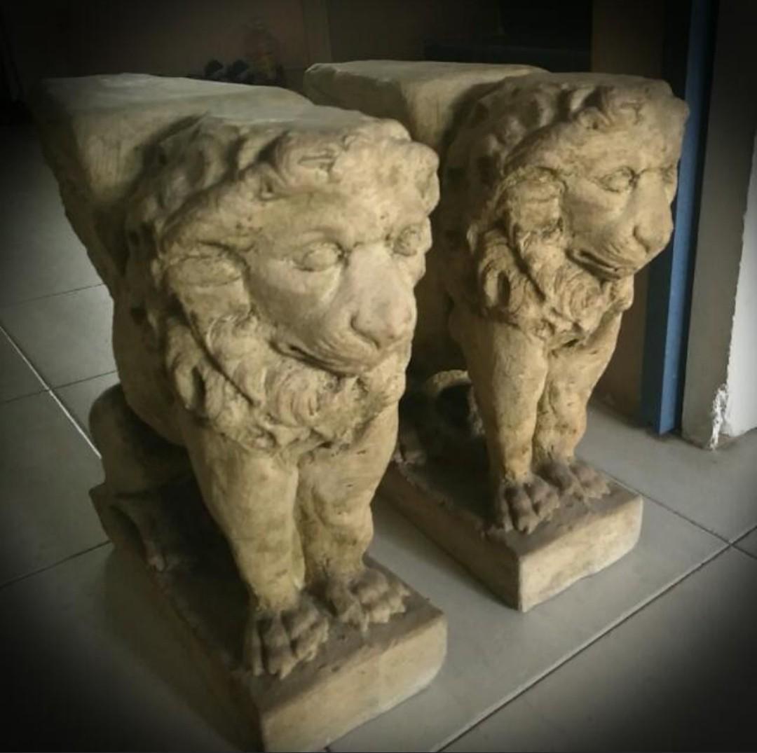 Antique Solid Stone Roman/Greek Lion display