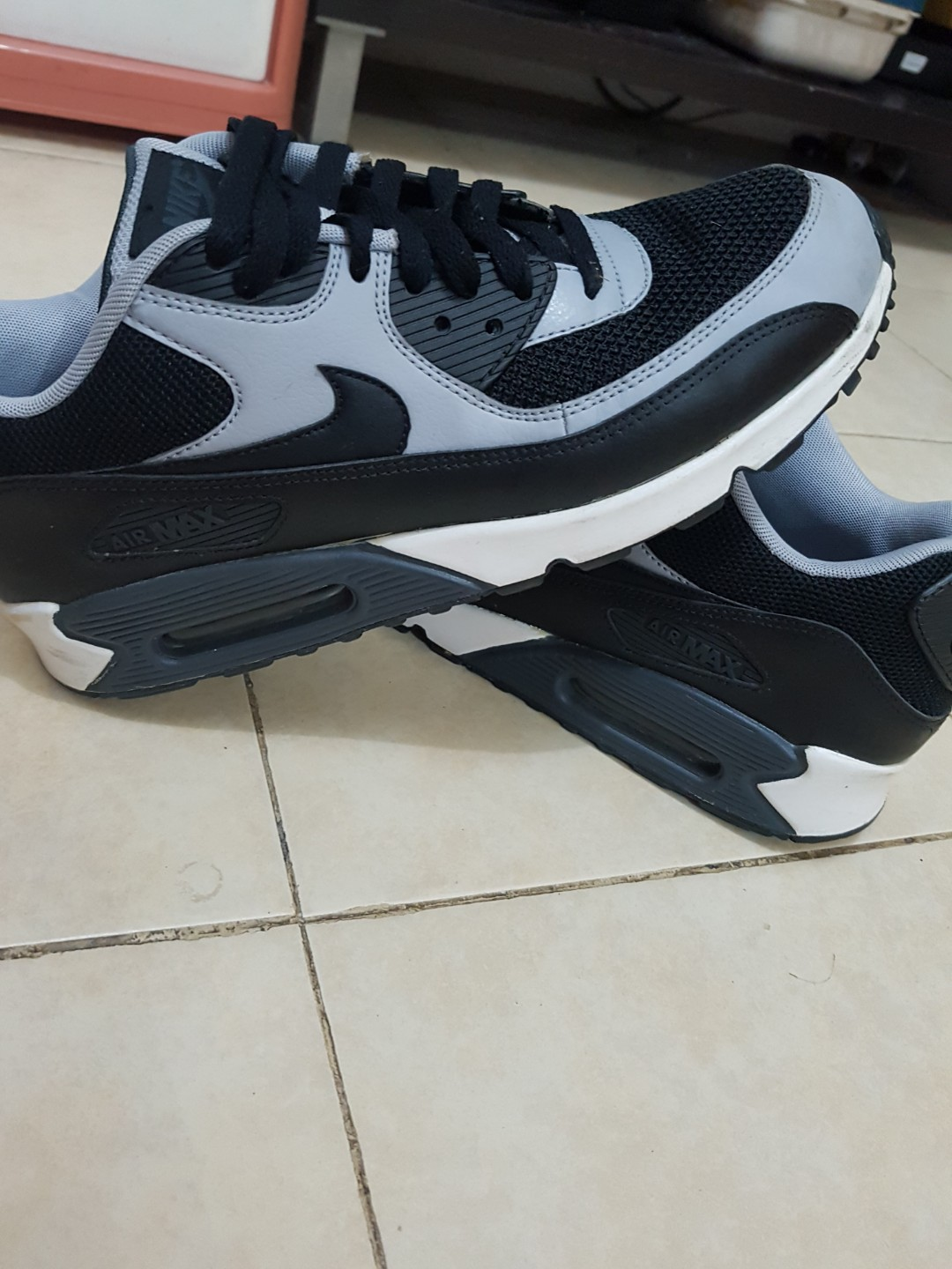 4591c70bb4 AUTHENTIC Nike Air Max, Men's Fashion, Footwear, Sneakers on Carousell