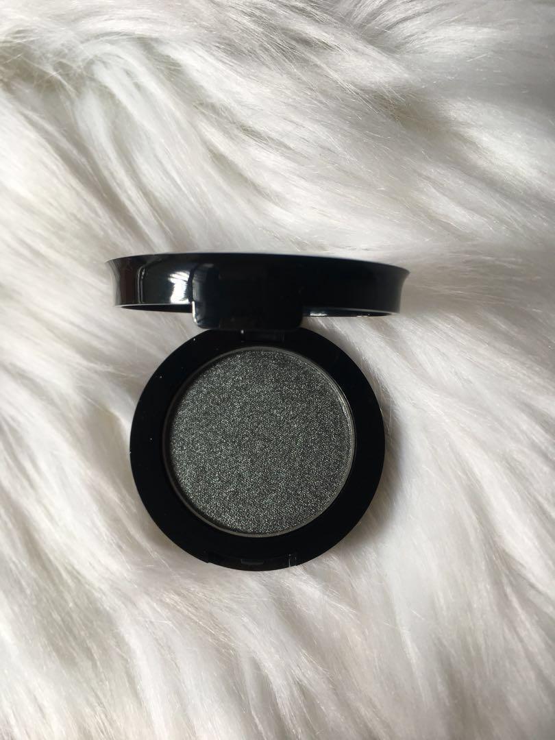 Eyeshadows and Setting Sprays (new)