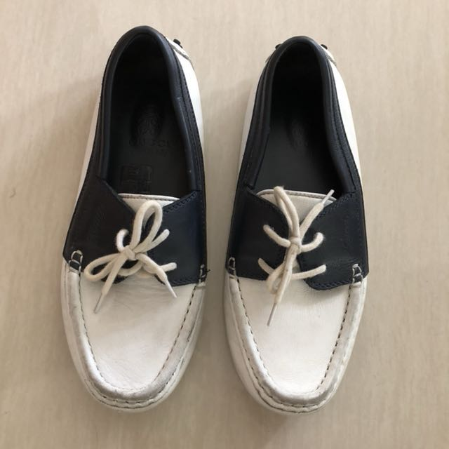 44bec5e0fd77 Gucci Kids Loafers