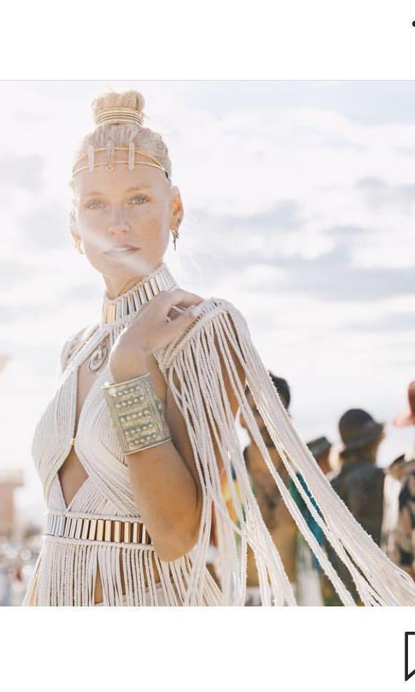 HIRING: Denisse M Vera festival dress top