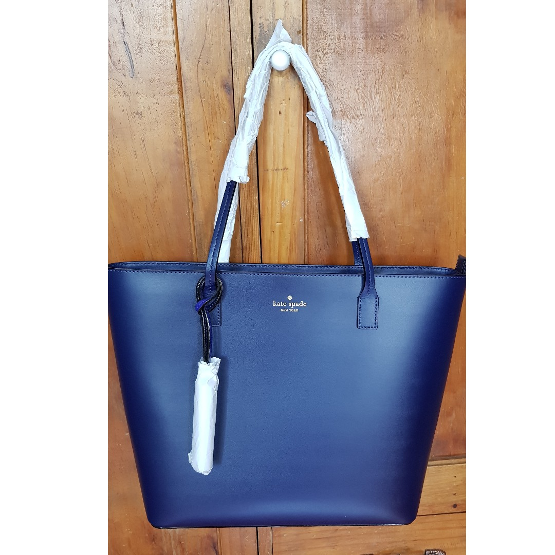 Karla Wright Place Shoulder Black with Tassel Navy Blue Leather Tote ... ee9796b266b85
