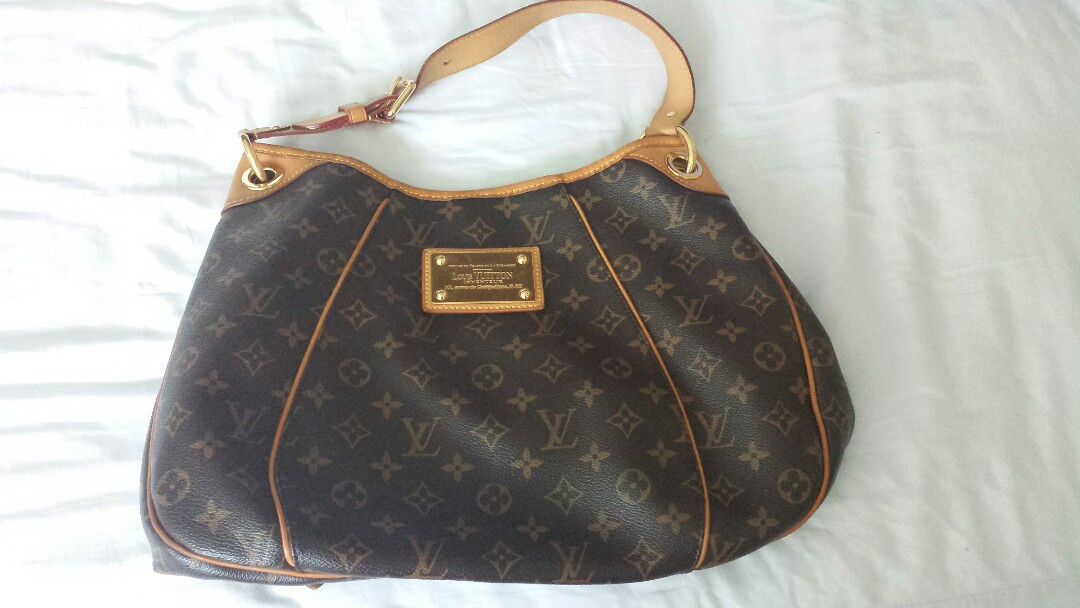 f97a3485f Louis Vuitton Bag, Luxury, Bags & Wallets, Sling Bags on Carousell
