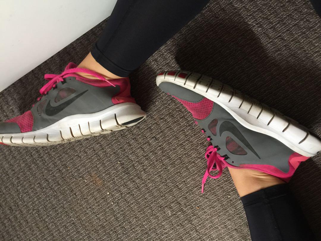 Pink Nike Free Run 5.0